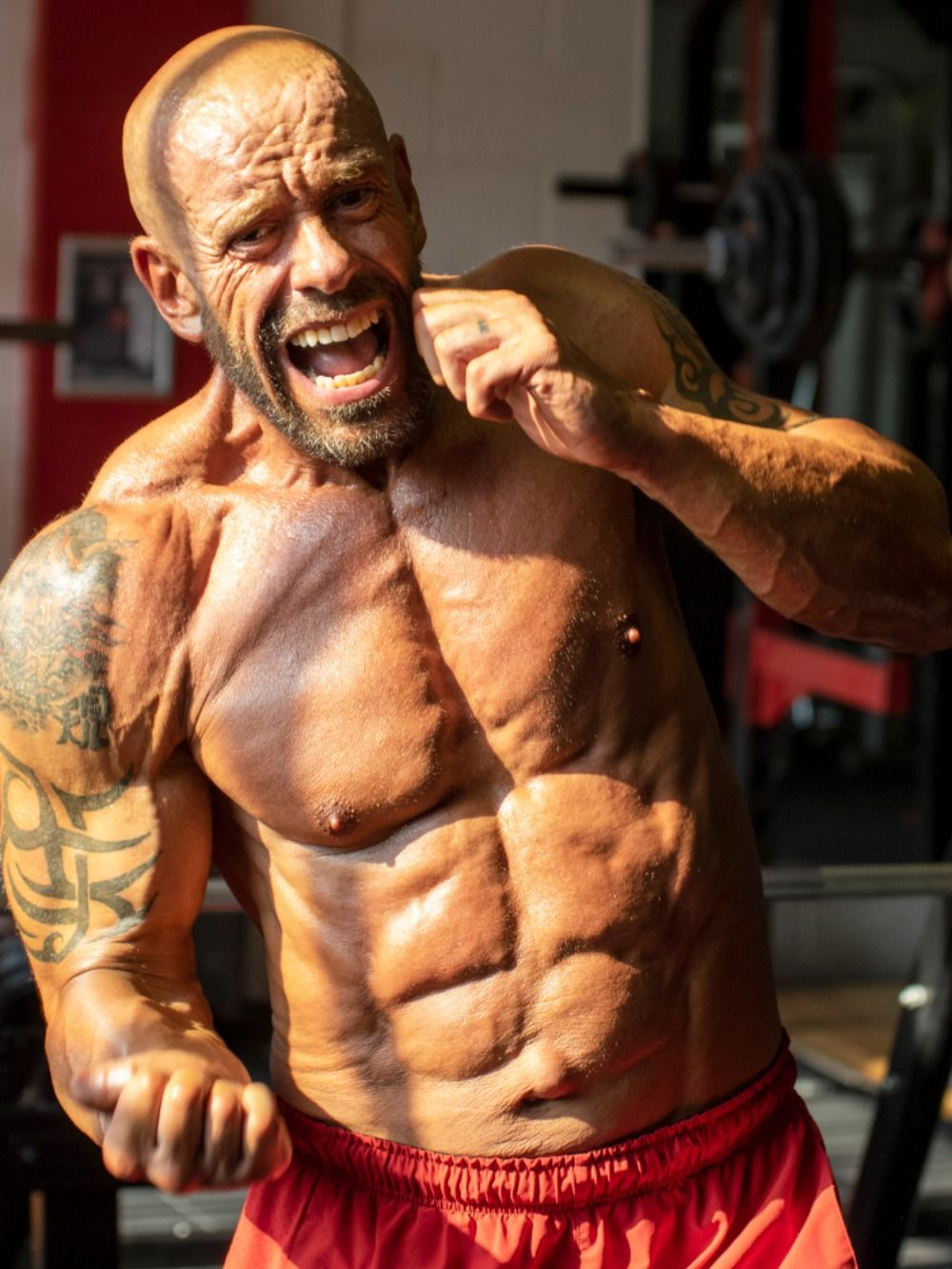 How to stay shredded and ripped all year round Get in