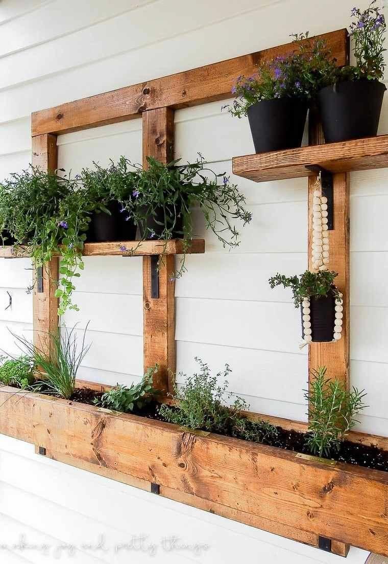 Jardin vertical diy jardini re bois mur jardini re en Jardinieres exterieures