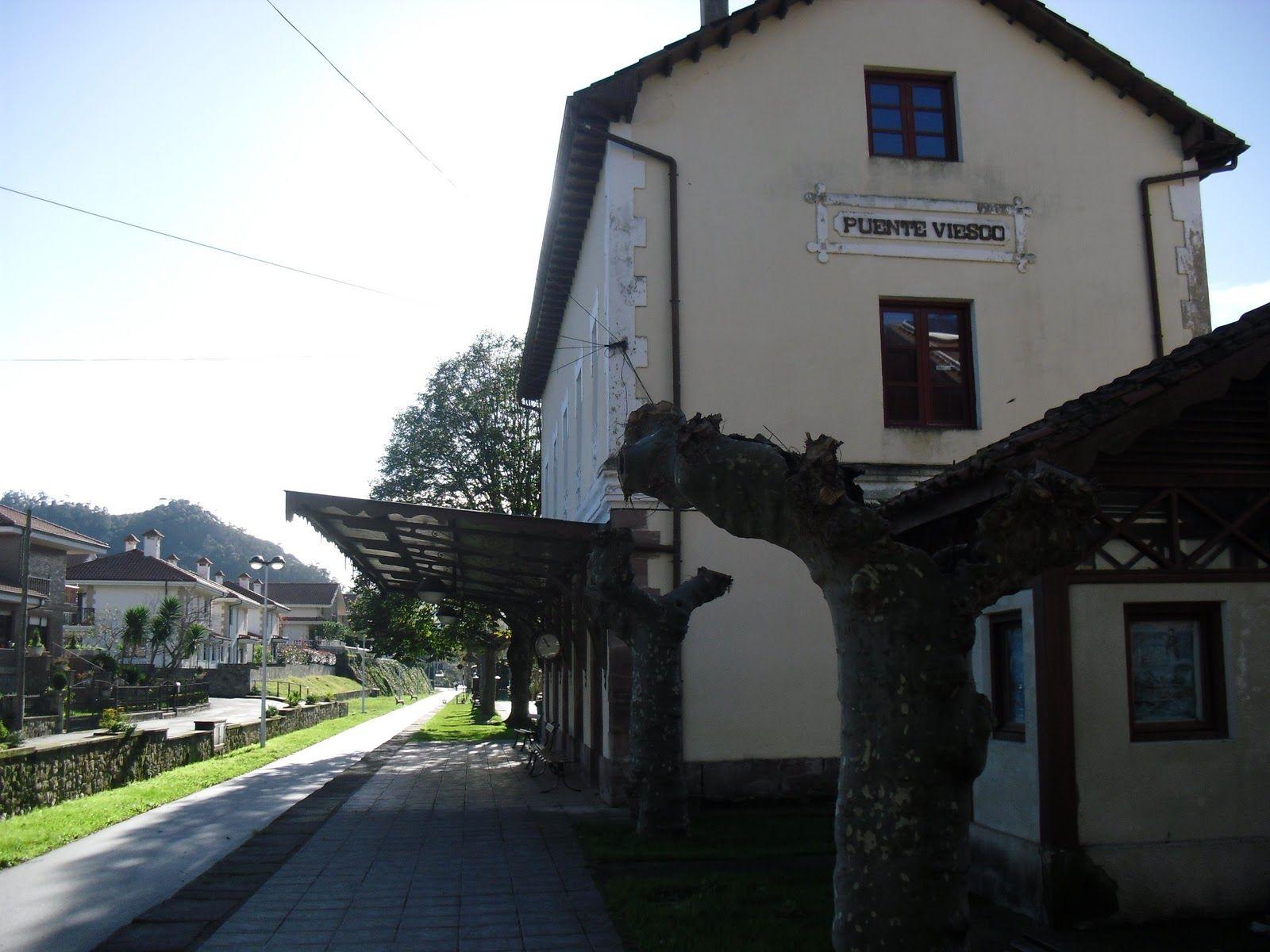 Hotel Con Acceso A La Via Verde Del Pas En Cantabria Via Verde Para Caminar En Santander Via Verde Para Cami Rutas Montar A Caballo Estación De Ferrocarriles