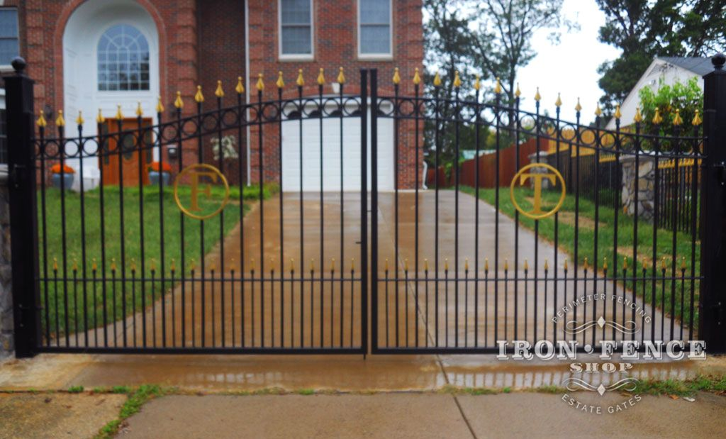A Custom Iron Gate With The Family Initial Letter And Puppy Pickets Where The Customer Went Back And Painted All The Custom Iron Gates Iron Fence Estate Gates