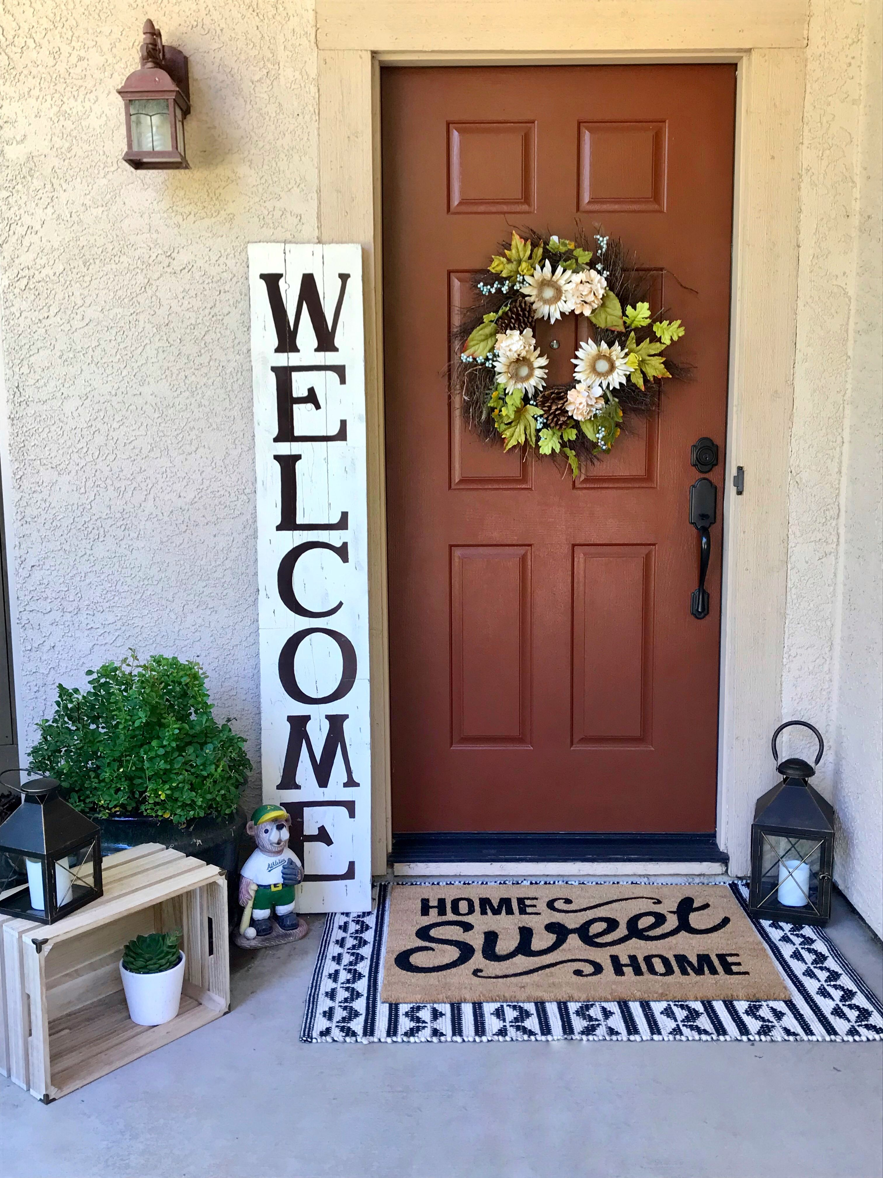 Welcoming front porch #frontporchideascurbappeal