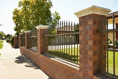 Brick Spikey Fence Design With Images Brick Fence Backyard