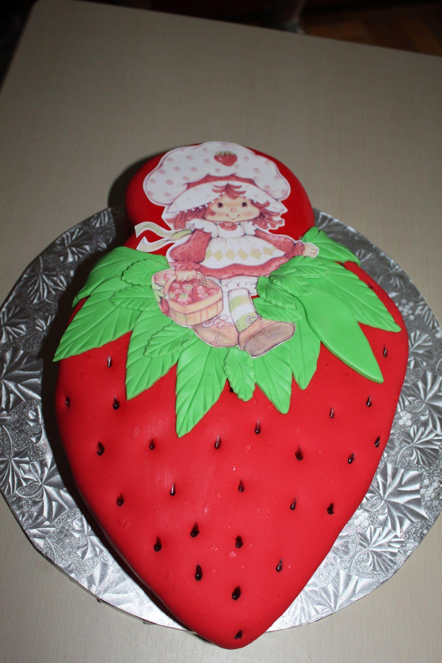 Strawberry shortcake birthday cake (for Bella\'s 3rd bday) | Fresita ...