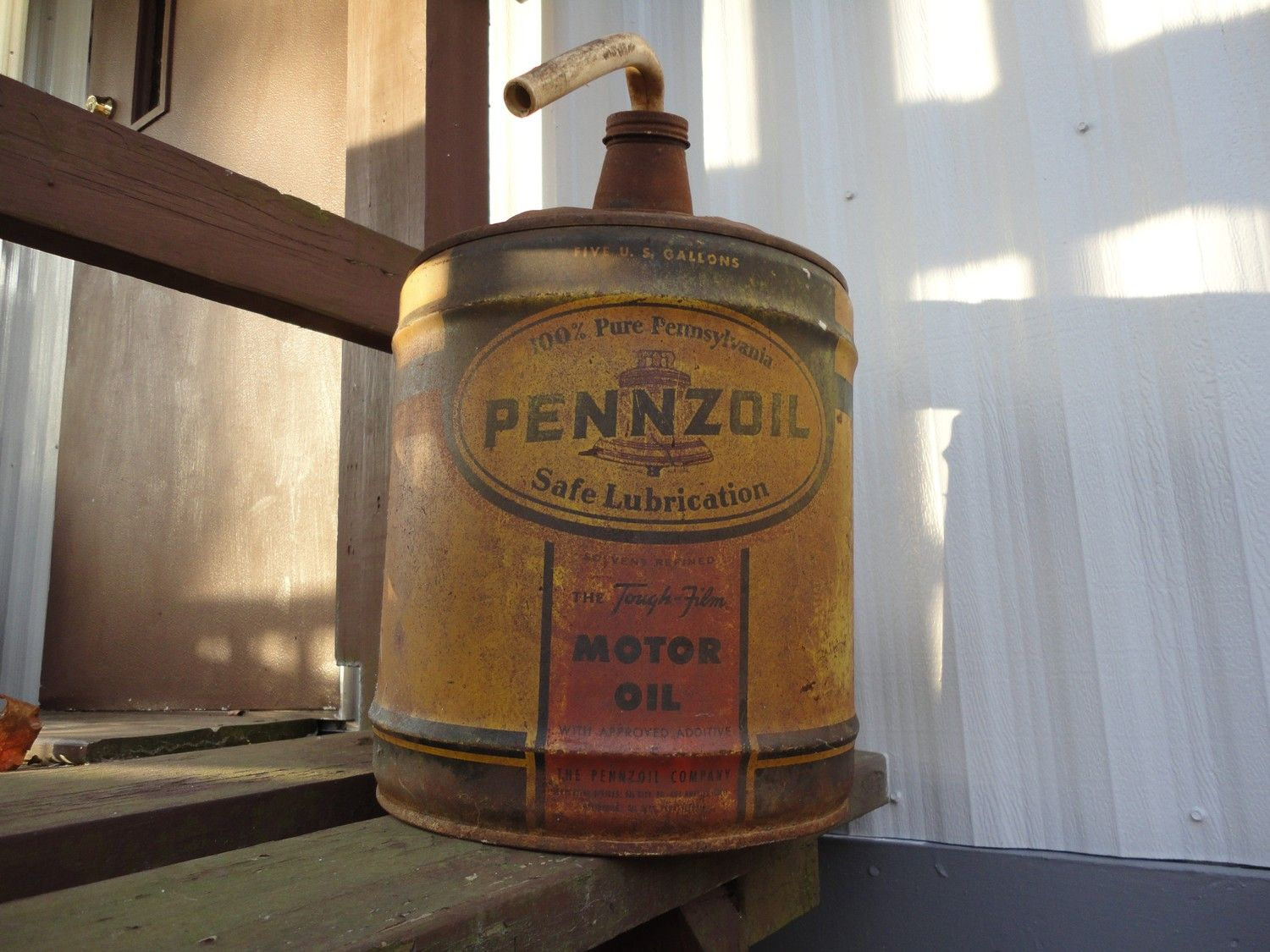 Vintage Pennzoil gas can | Oil Cans and Packaging | Canning