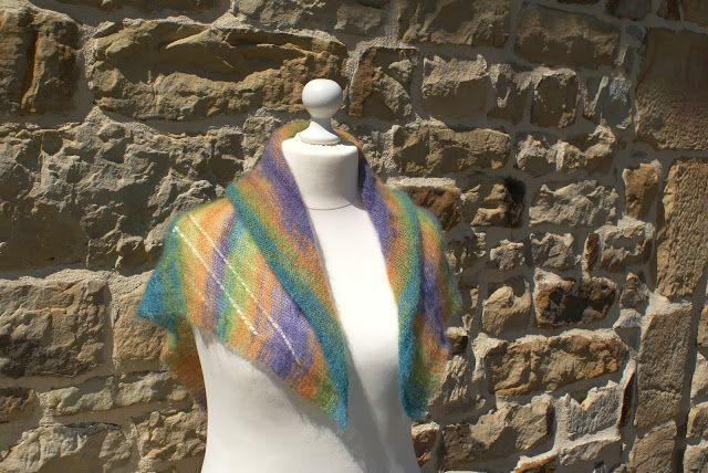 Le fil bout a bout  Chale mohair et soie multicolore tricoté main ... ceba4258b3c