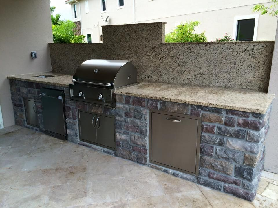 Custom Outdoor Kitchen for Toll Brothers with Artisan Grill ...