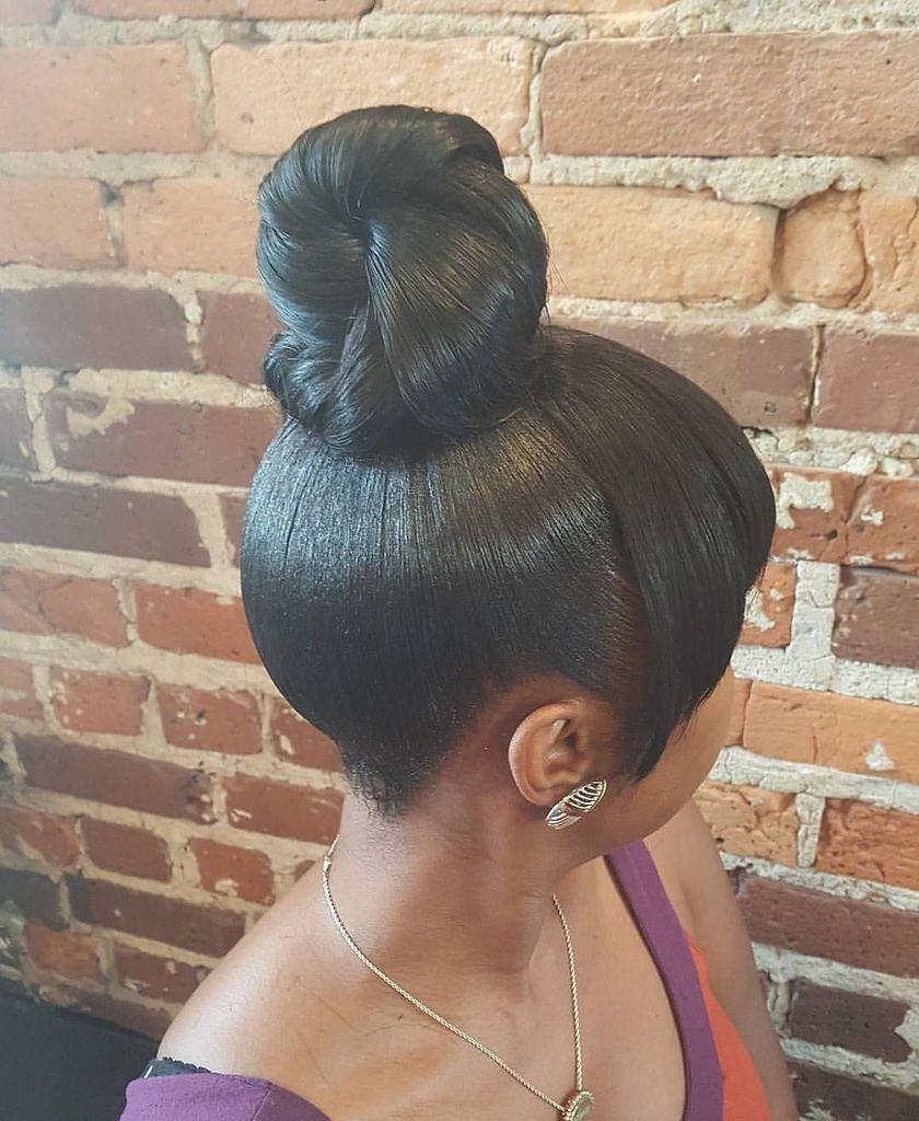 Chignon Haut Large Frange  Hairstyles In 2019  Hair