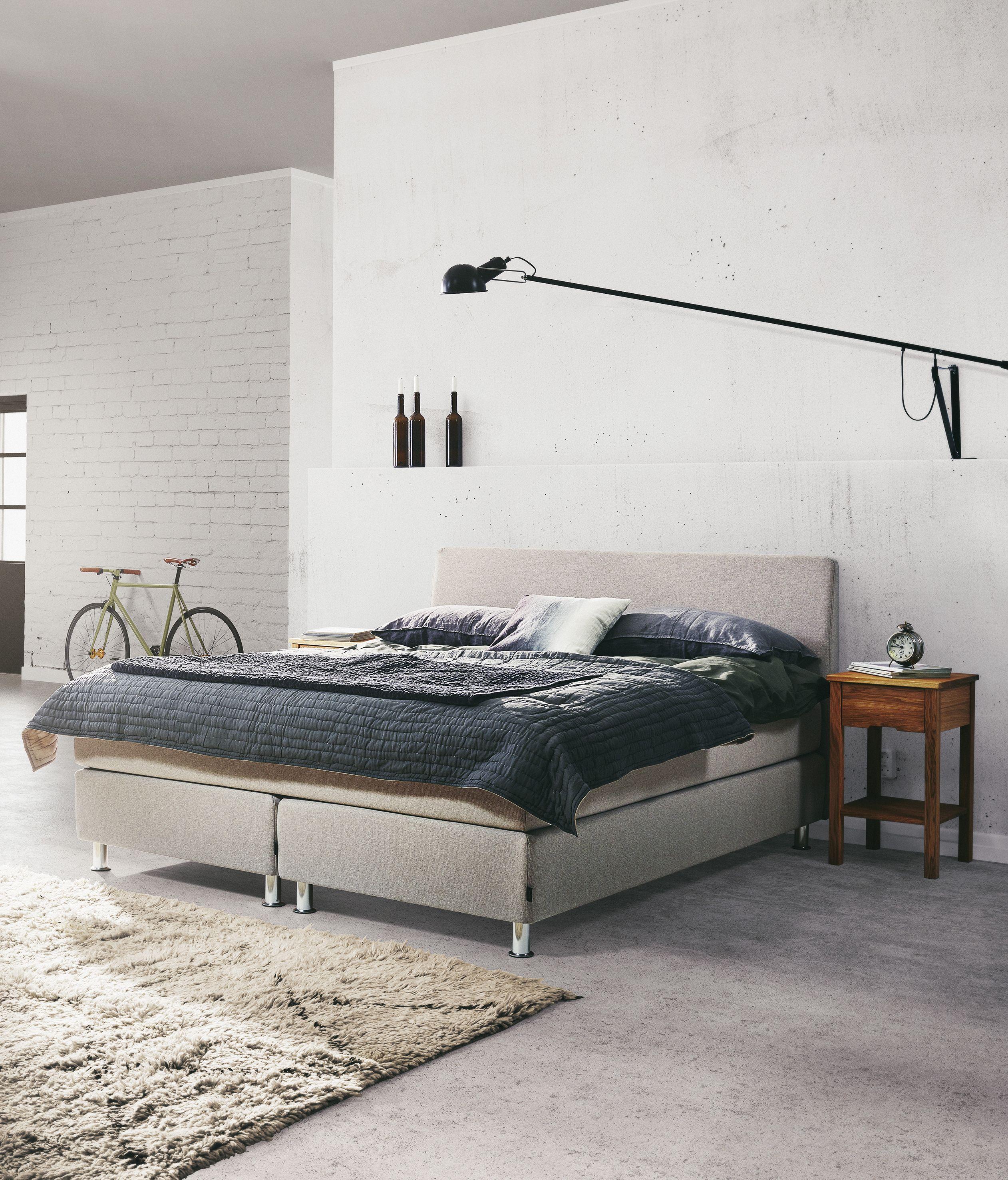 jensen signature j2 continental bed in beige textiles m bler riggen pinterest m bler och. Black Bedroom Furniture Sets. Home Design Ideas