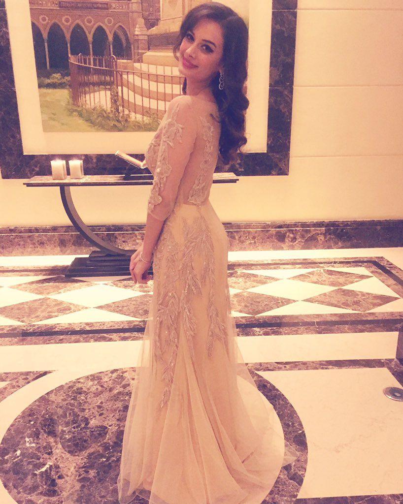 Actress evelynsharma latest hd images timesofkskactress