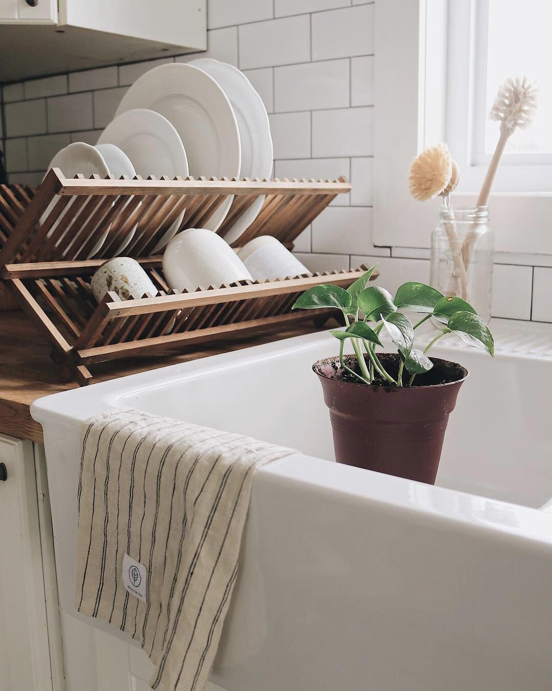 zero waste sustainable living on instagram simplicity is just beautiful do you agree have a on zero waste kitchen interior id=56186