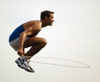 10 exercices de corde à sauter pour varier ses