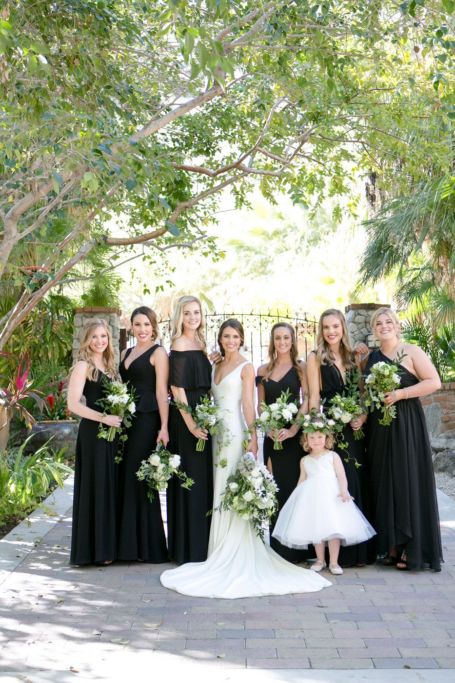 Black Bridesmaid Dresses Palm Springs Wedding At Colony 29 In Southern California Leah Ma Temecula Weddings California Wedding Venues Wedding Photographers [ 1400 x 933 Pixel ]