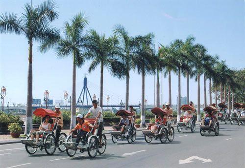 Xích lô sân bay Đà Nẵng
