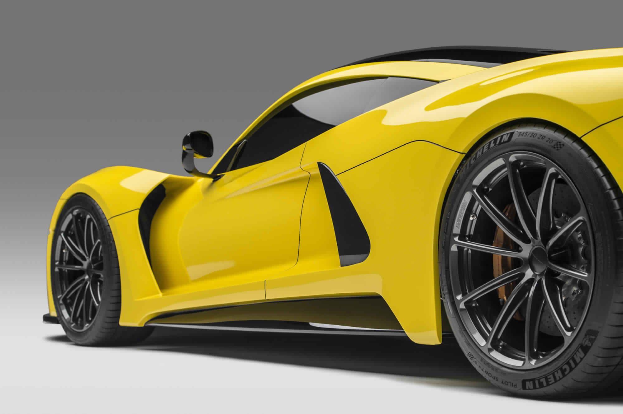 هينيسي فينوم جي تي اسرع سيارة تجارية على كوكب الارض Hennessey Vnom F5 مجلة وش سلندر Hennessey Hennessey Venom Gt Yellow Car