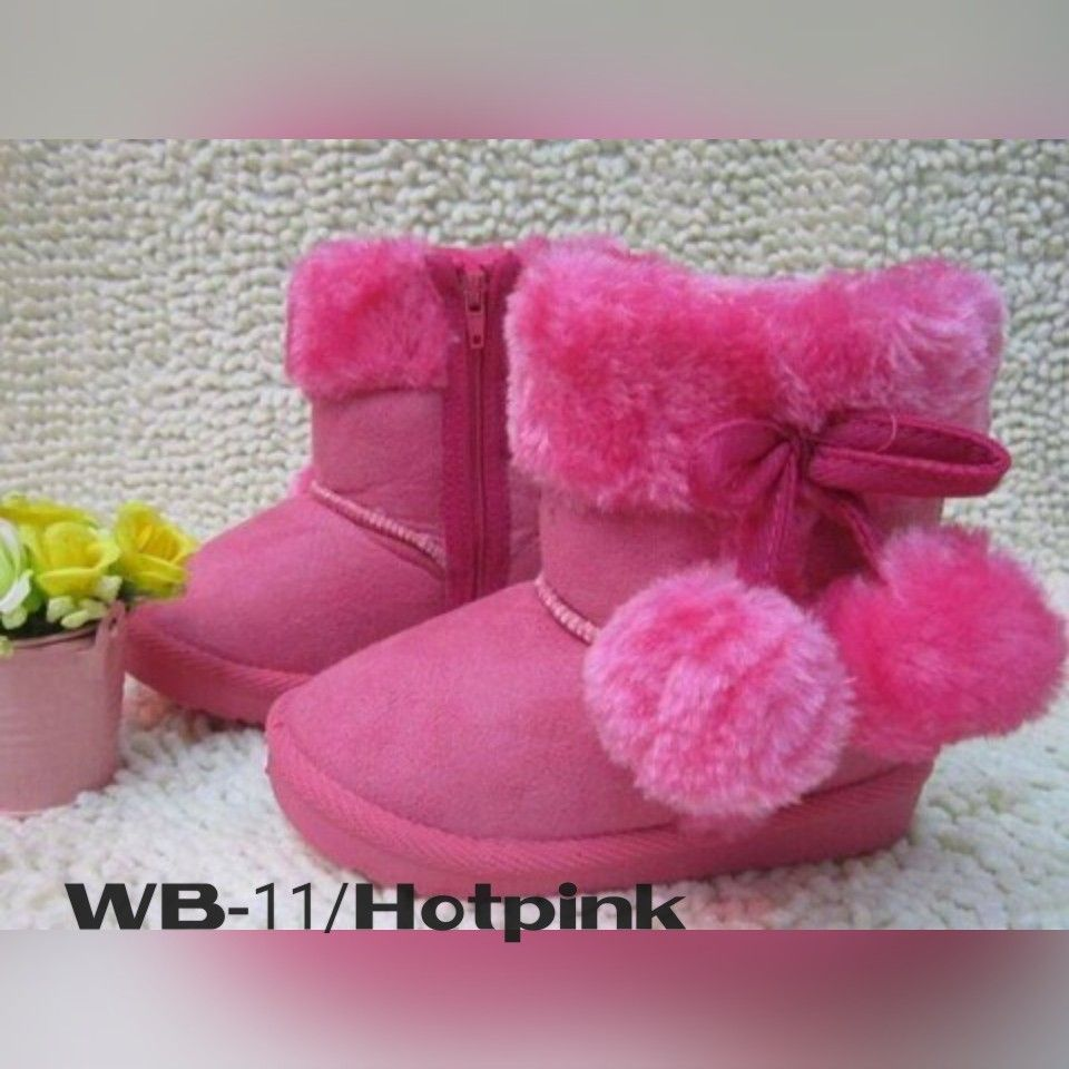 Wb 11 Hotpink Size 28 29 Price 140 000 Available Size Insole