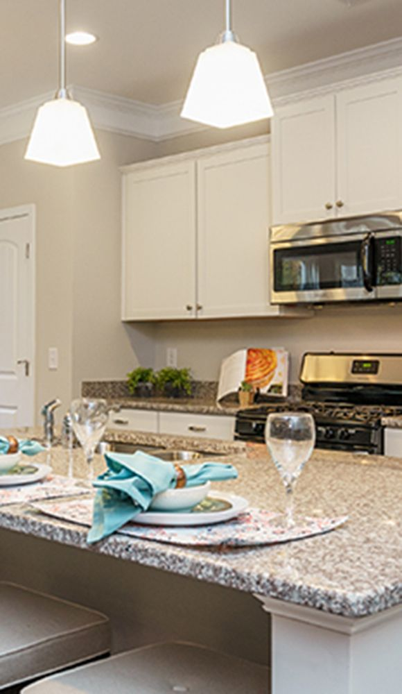 Best Kitchen Islands With Great Lighting Like This One In The 640 x 480
