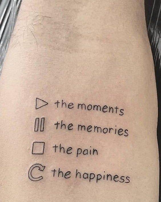 Schöner Besitzer / Künstler: Folgen Sie uns für mehr Kennzeichnen Sie jemanden, der Tattoos liebt #minitattoos