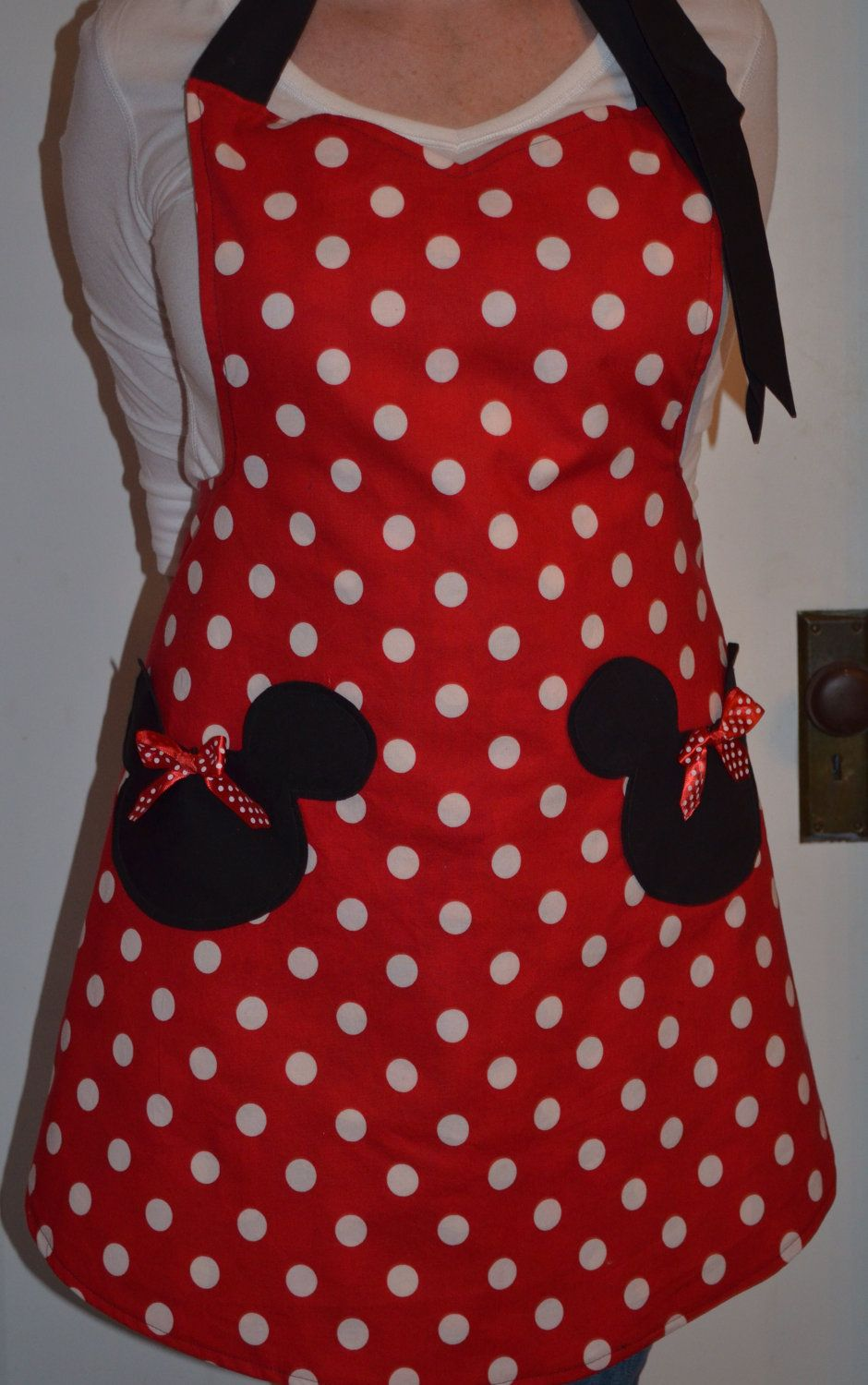 minnie mouse inspired womens full apron that is reversible   25 00  via etsy