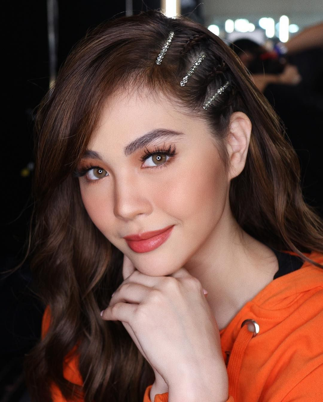 Celebrities Are Bringing Back This '90s Hairstyle - Star Style PH