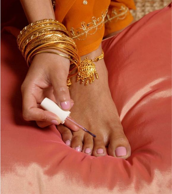 Indian beauty women pinterest brics do it yourself toe nail designs solutioingenieria Image collections