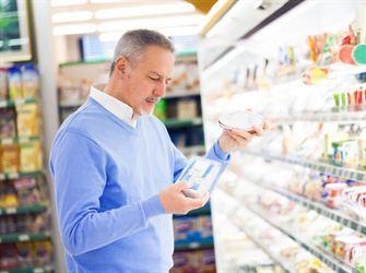 Utilisée depuis longtemps par l'industrie alimentaire, la pratique du leanwashing consiste à attirer l'attention du consommateur sur un aspect afin de faire perdre de vue l'ensemble du produit. Certaines allégations exagèrent les bienfaits d'un aliment alors que d'autres font croire, à tort, qu'un produit est bon pour la santé.