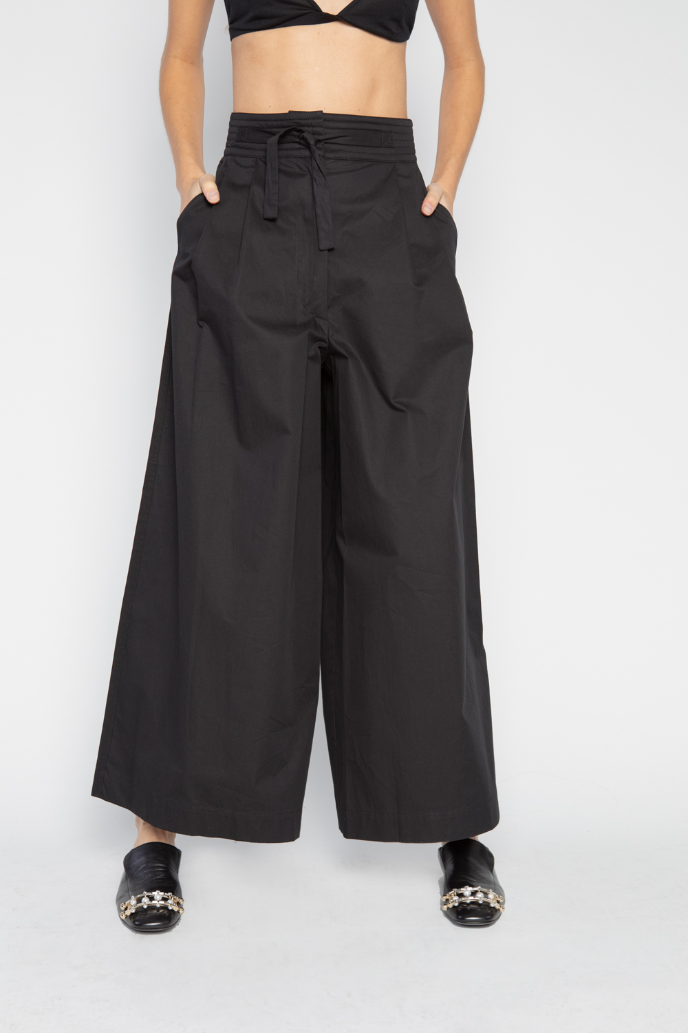 Wide Leg Judo Trouser in black by Isa Arfen  High-waisted pant with