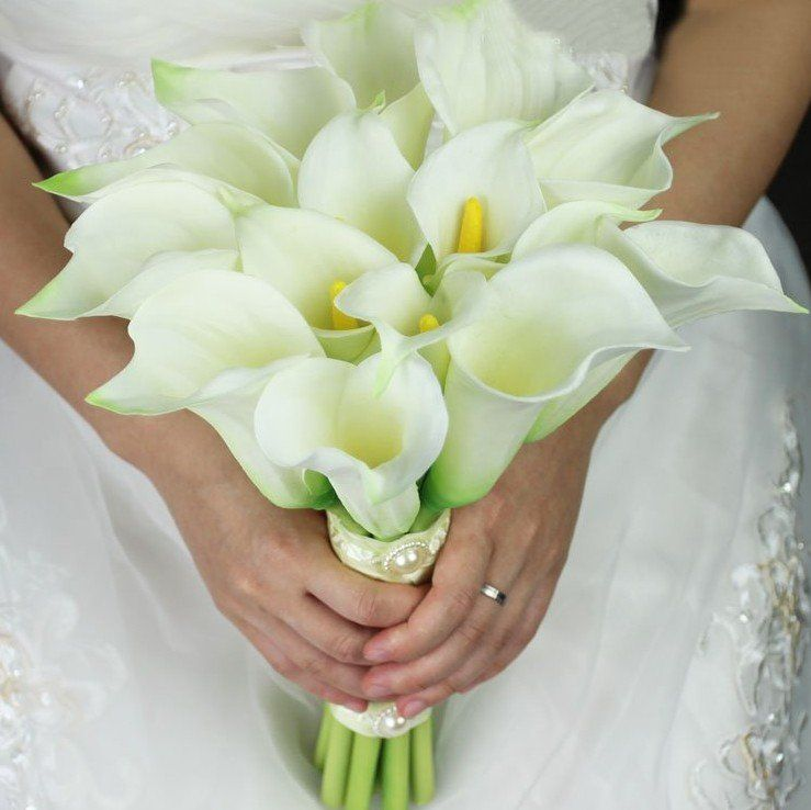 calla lilies and roses wedding bouquet beautiful 16 calla bridal bouquet white calla lilies 2379