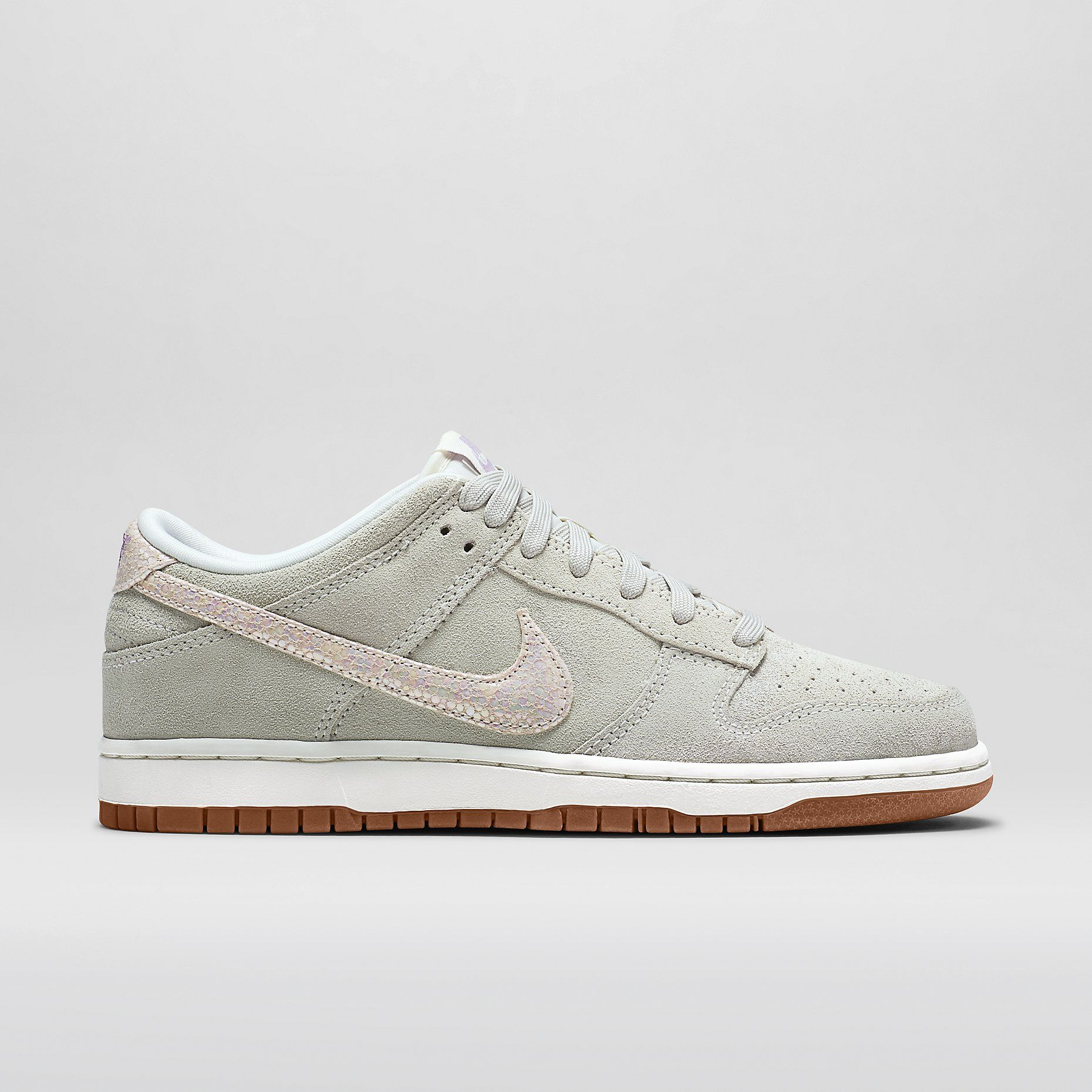 new concept 87eb9 dea35 Nike Dunk Low Skinny Premium Women s Shoe. Nike Store