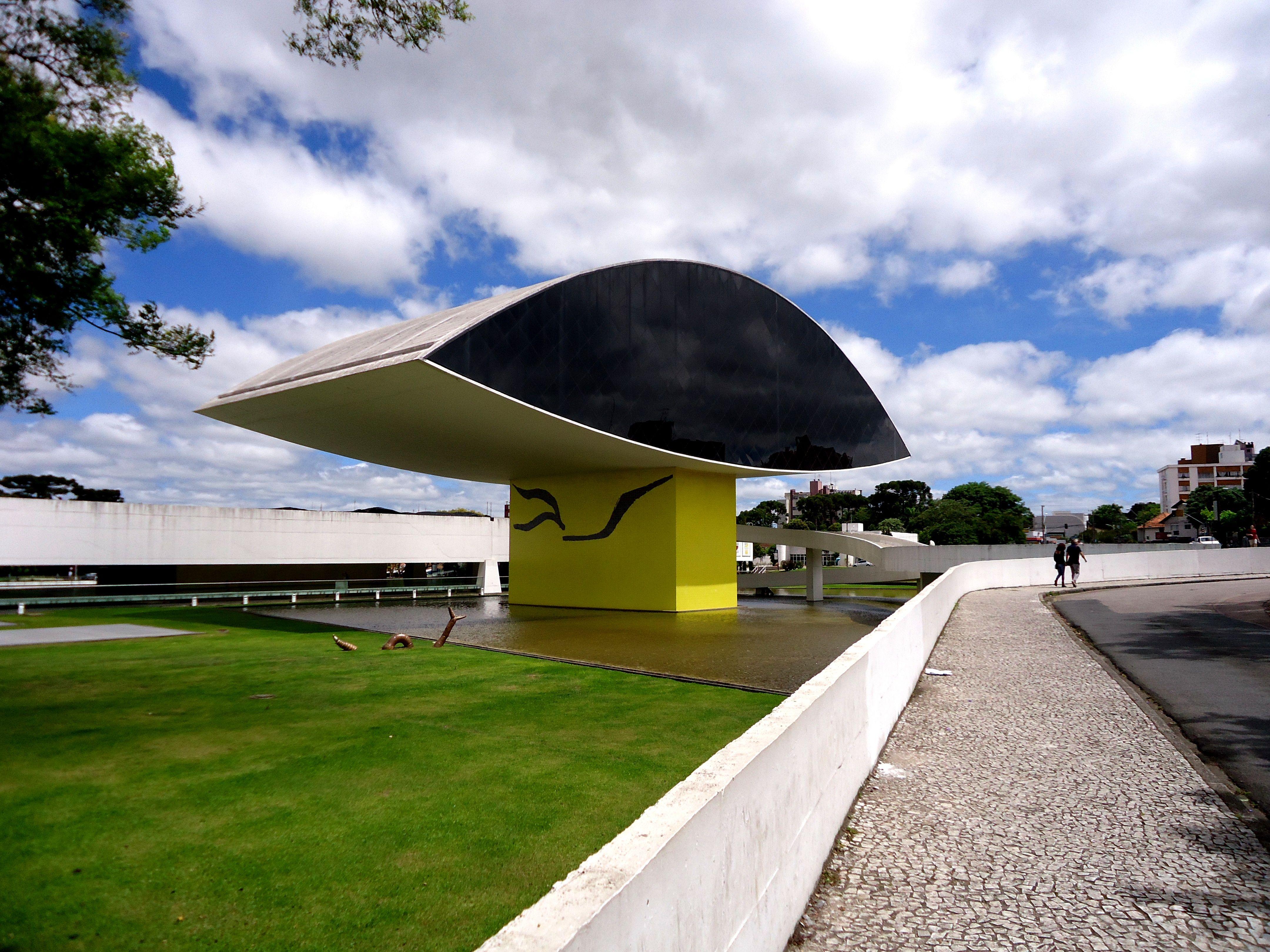 Museu do olho -  Oscar Niemeyer