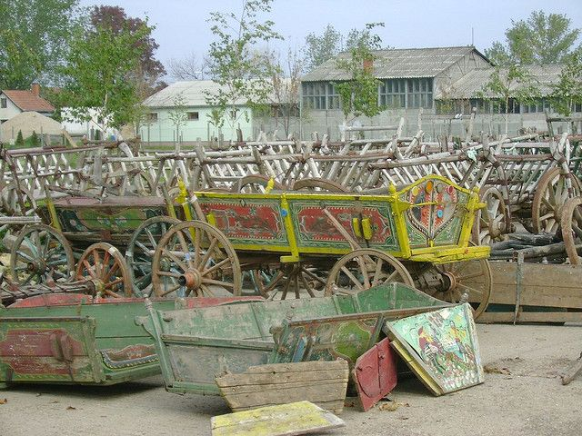 Carros gitanos by arrache toi un oeil!, via Flickr