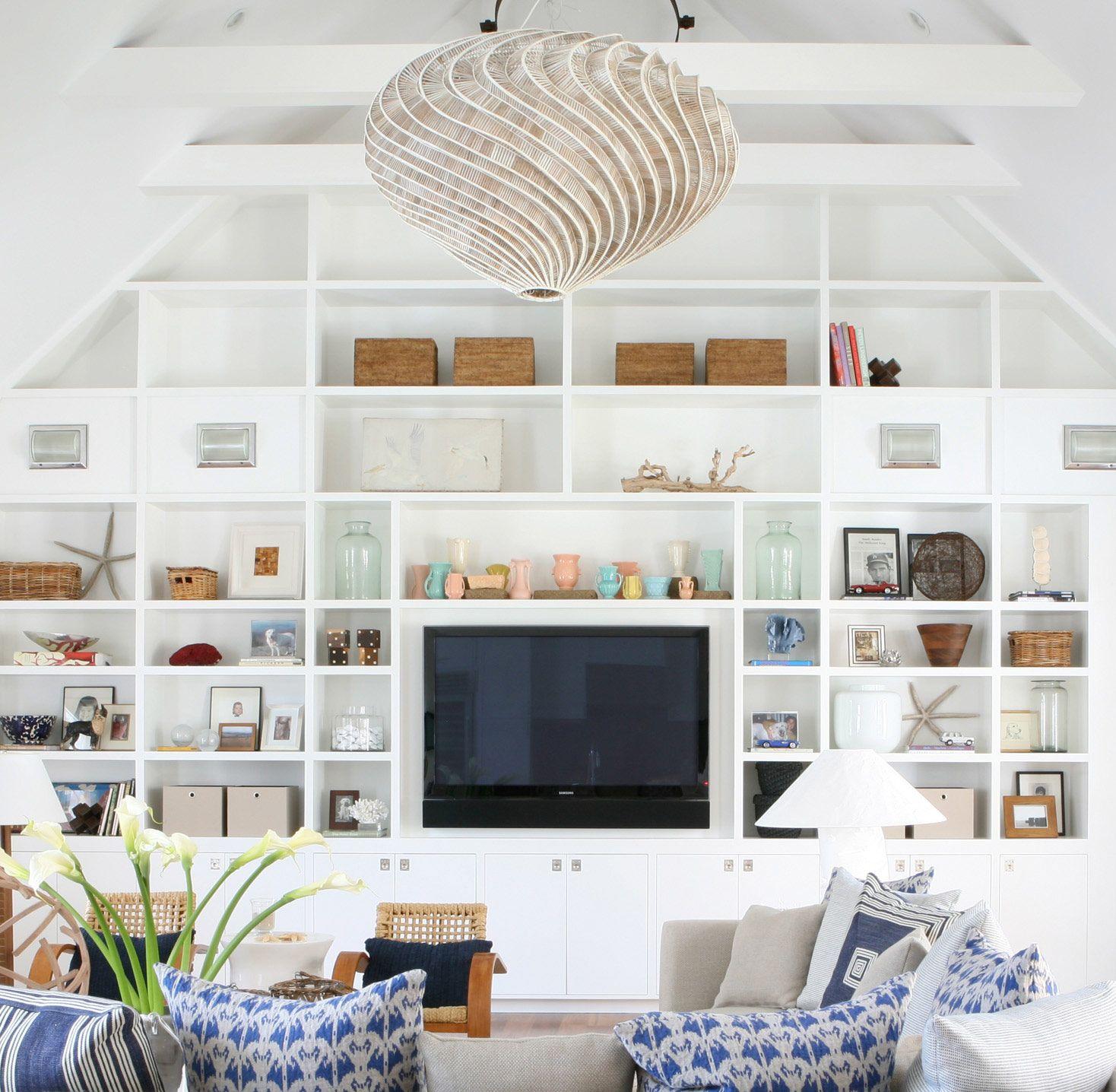 so much light!   Coastal style living room, Living room white, Home living  room