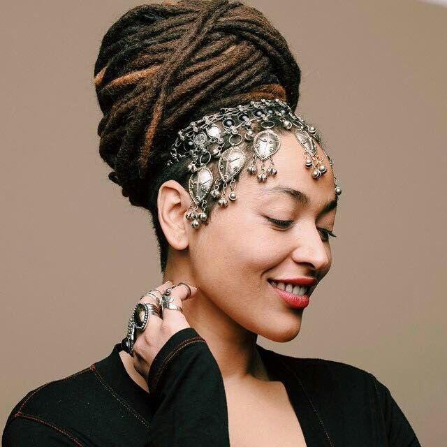 Wedding Hairstyles Dreadlocks: Beautiful Headpiece And Locs