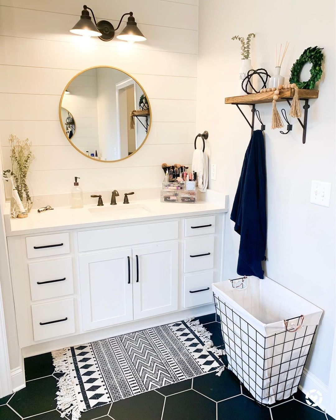 Love everything about this bathroom @jordanleegreenwell, especially the flooring 😍💕. Click the image to try our free home design app.  (Keywords: bathroom remodel, small bathroom ideas, bathroom ideas, bathroom decor, dream room, room ideas, bathroom painting ideas, bathroom shelf, bathroom color, bathroom organization ideas, bathtub, beautiful homes)