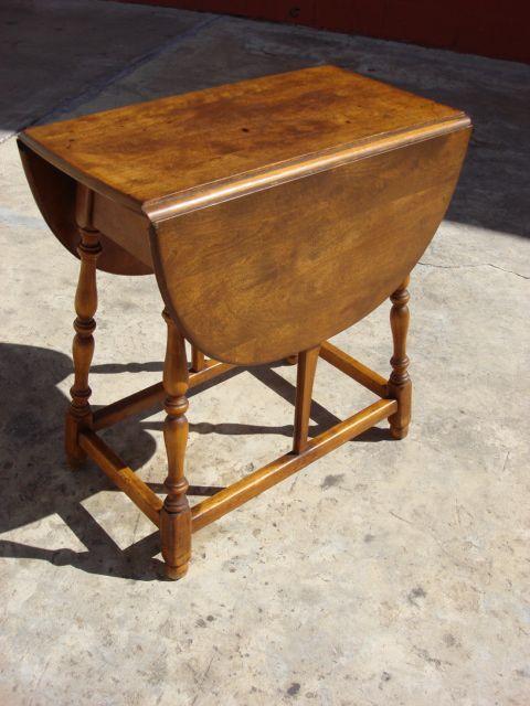 Vintage American Drop Leaf Side Table Vintage Card Table Lamp