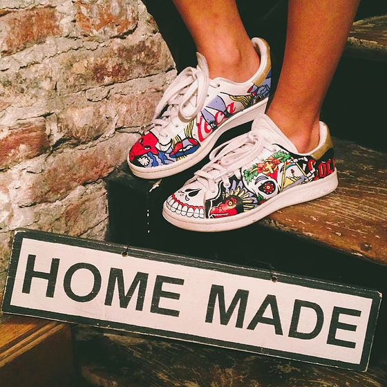 Stan Smith Customisation | Sneakers, Diy shoes, Dream shoes