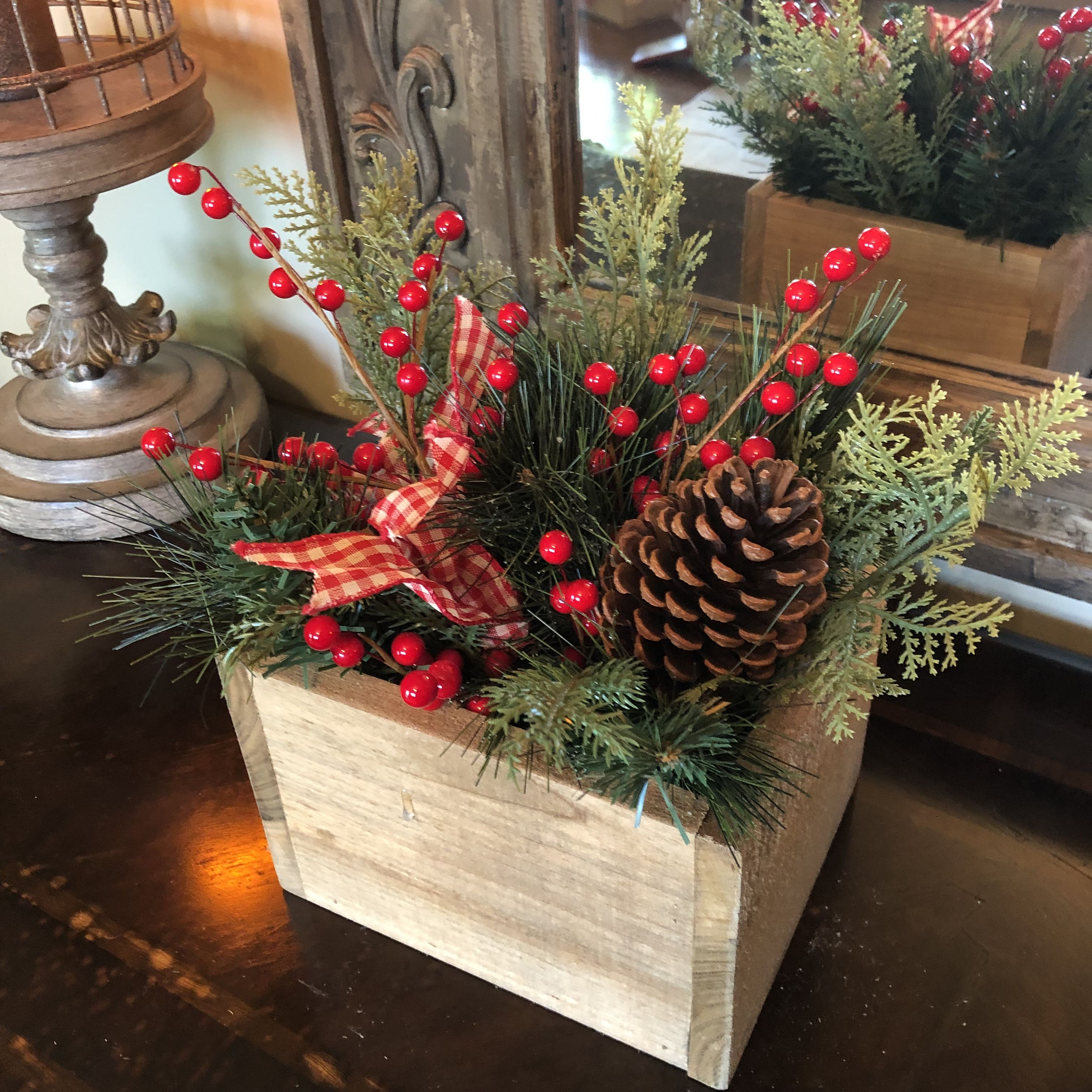 Pin By Leigh Anna On Wooden Centerpiece Christmas Boxes Christmas Centerpieces Wooden Centerpieces Christmas Decorations