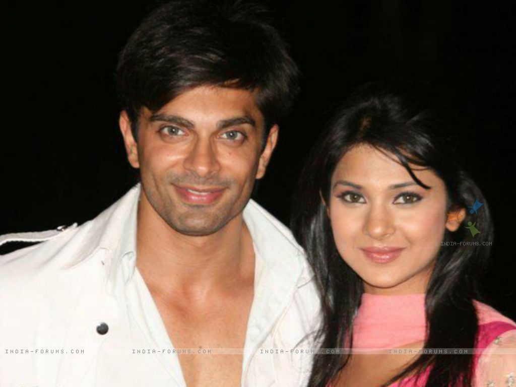 Karan Singh Grover And Jennifer Winget On The Sets Of Dill Mill Jennifer Winget Jennifer Husband