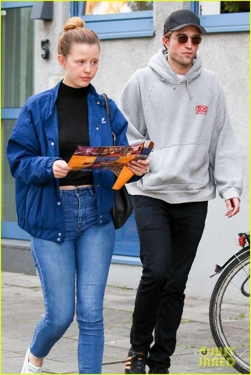 Robert Pattinson Hangs Out with CoStar Mia Goth in