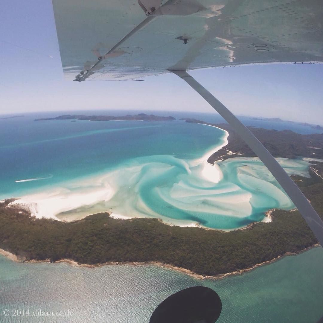 Throwback to last year to one of the best Christmas {& LIFE} presents ever! Flying over the Great Barrier Reef with my best friend Ally and seeing the great wonders of our planet will be one of my favourite memories forever. LOOK AT IT. by flywild_ http://ift.tt/1UokkV2