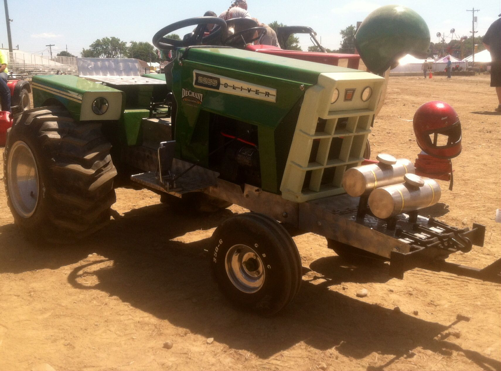Miniature Oliver 2255 Garden Pulling Tractor Pulling