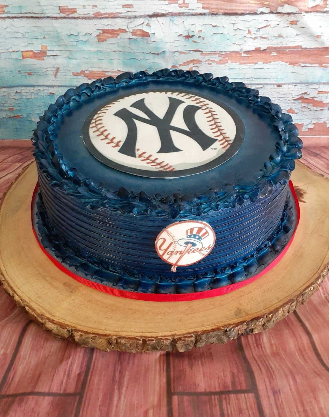 Pin By Dana Ferlito On Ny Yankee Ideas In 2020 Yankee Cake Yankees Birthday Cake Decorating