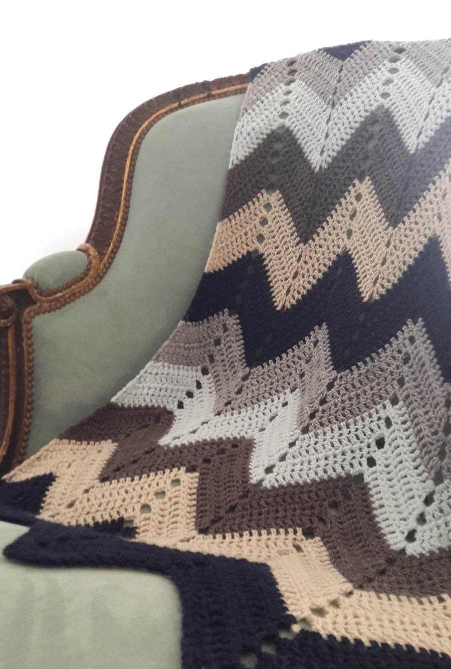 Una manta en zig zag tejida a crochet para tirarse a leer en el ...