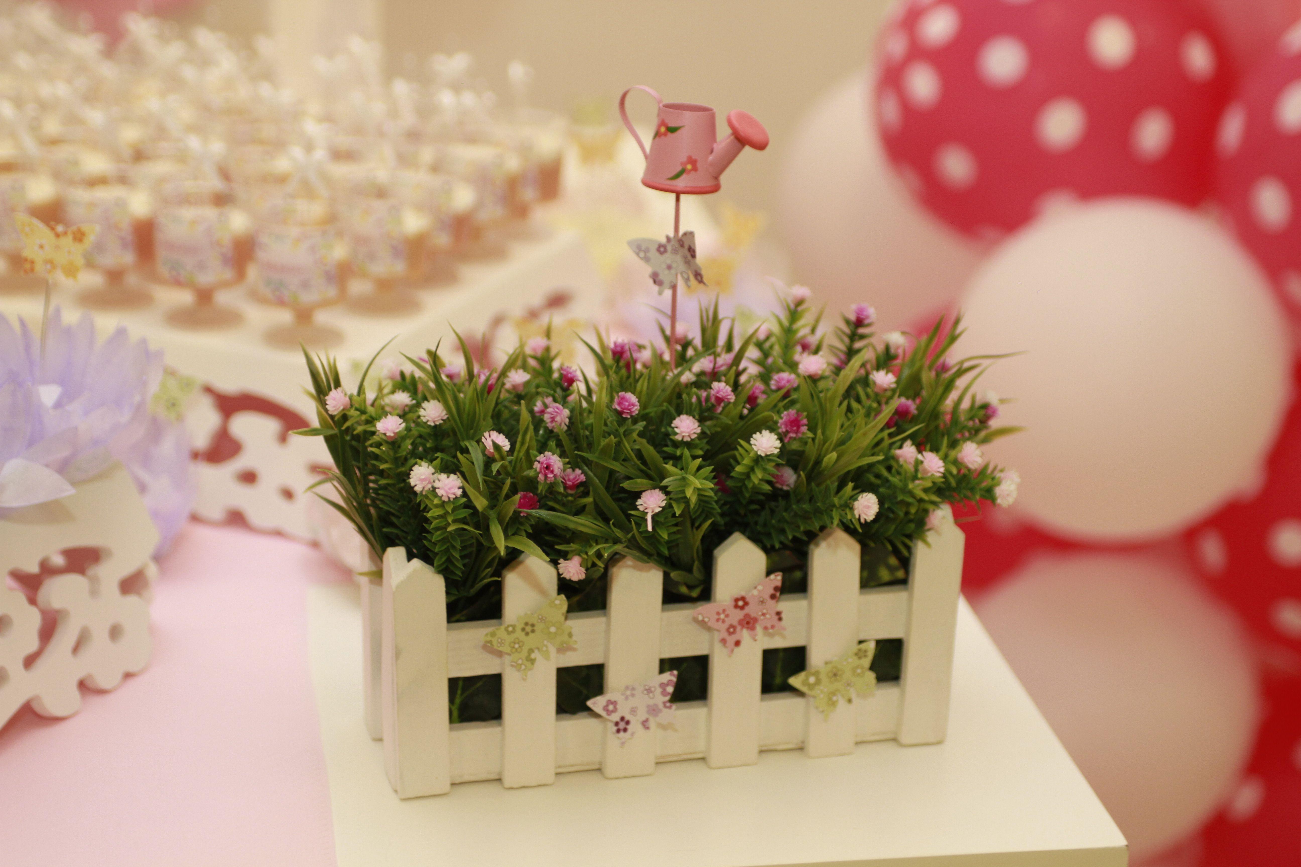 Cerquinha com flores Sofi Festa jardim das borboletas, Festa tema jardim e Decoracao festa  -> Decoração De Aniversario Jardim Encantado Das Borboletas