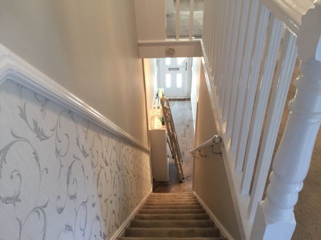 Wallpaper below dado rail | home in 2019 | Hallway wallpaper, Wallpaper stairs, Dado rail