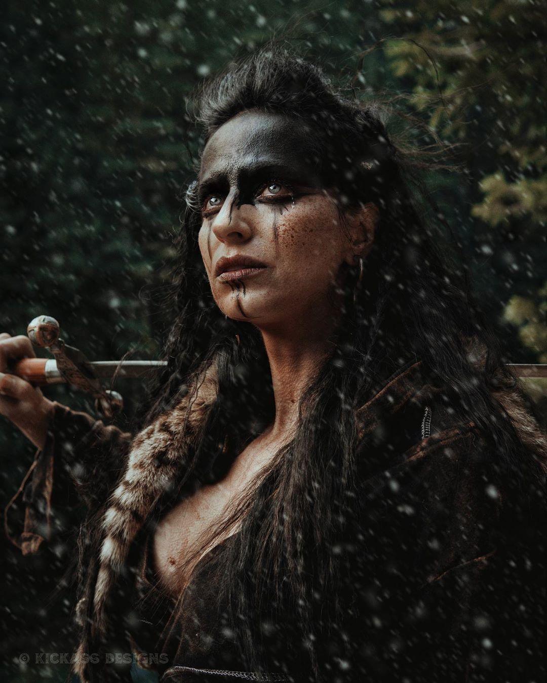 American Revolution Viking Woman Aesthetic Viking Woman Aesthetic Nordic Viking Women Viking Woman Illust In 2020 Viking Aesthetic Viking Cosplay Viking Makeup