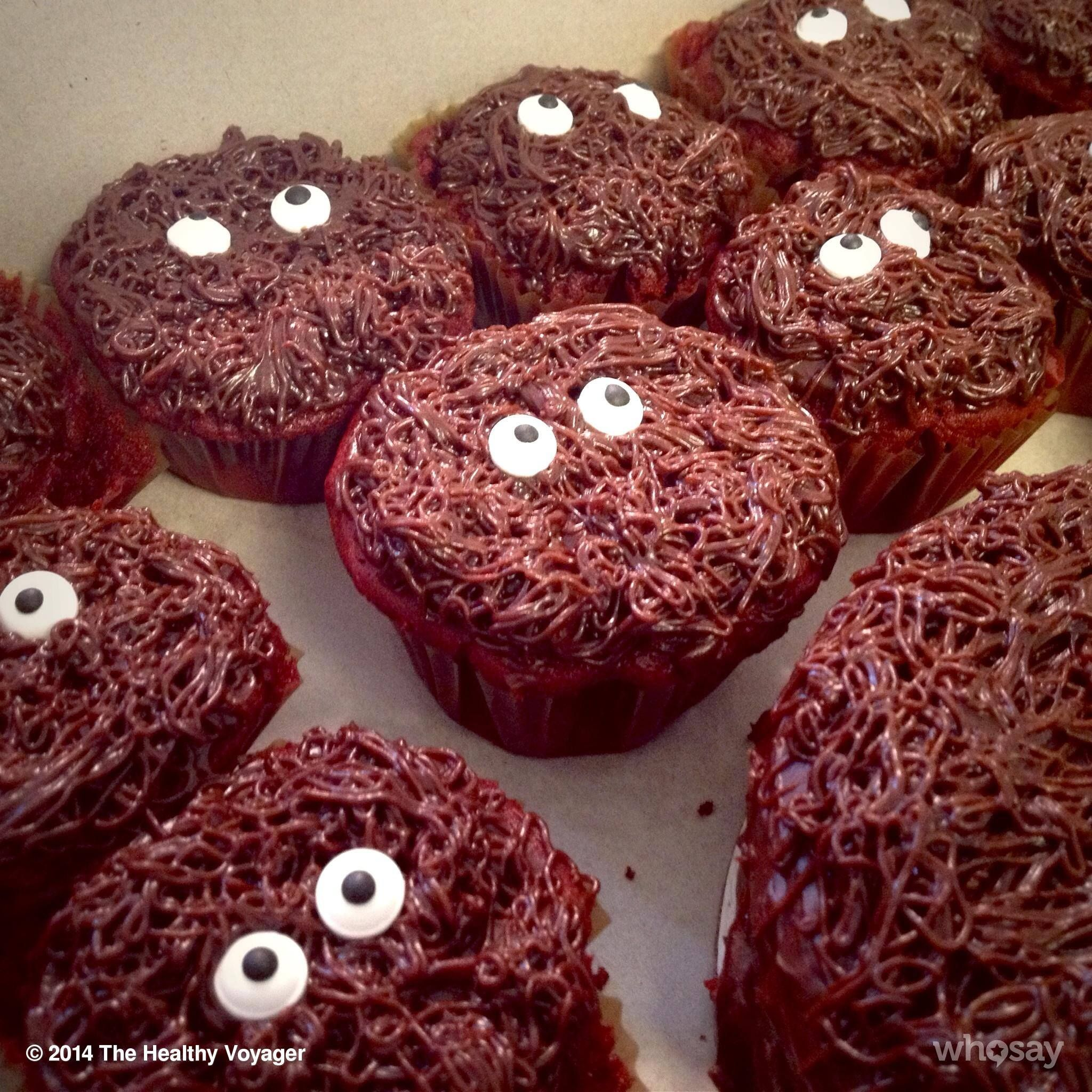 Vegansnackattack Vegan Bigfoot Cupcakes Healthyvoyager Com Out Of This World Vegan Recipes Healthy Vegan Snacks Food