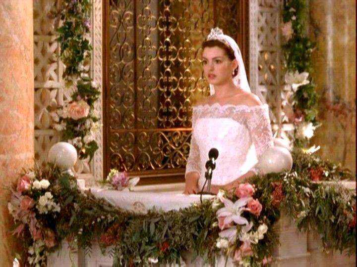 Anne Hathaway Engagement Ring In Princess Diaries 2 26 | Anne ...