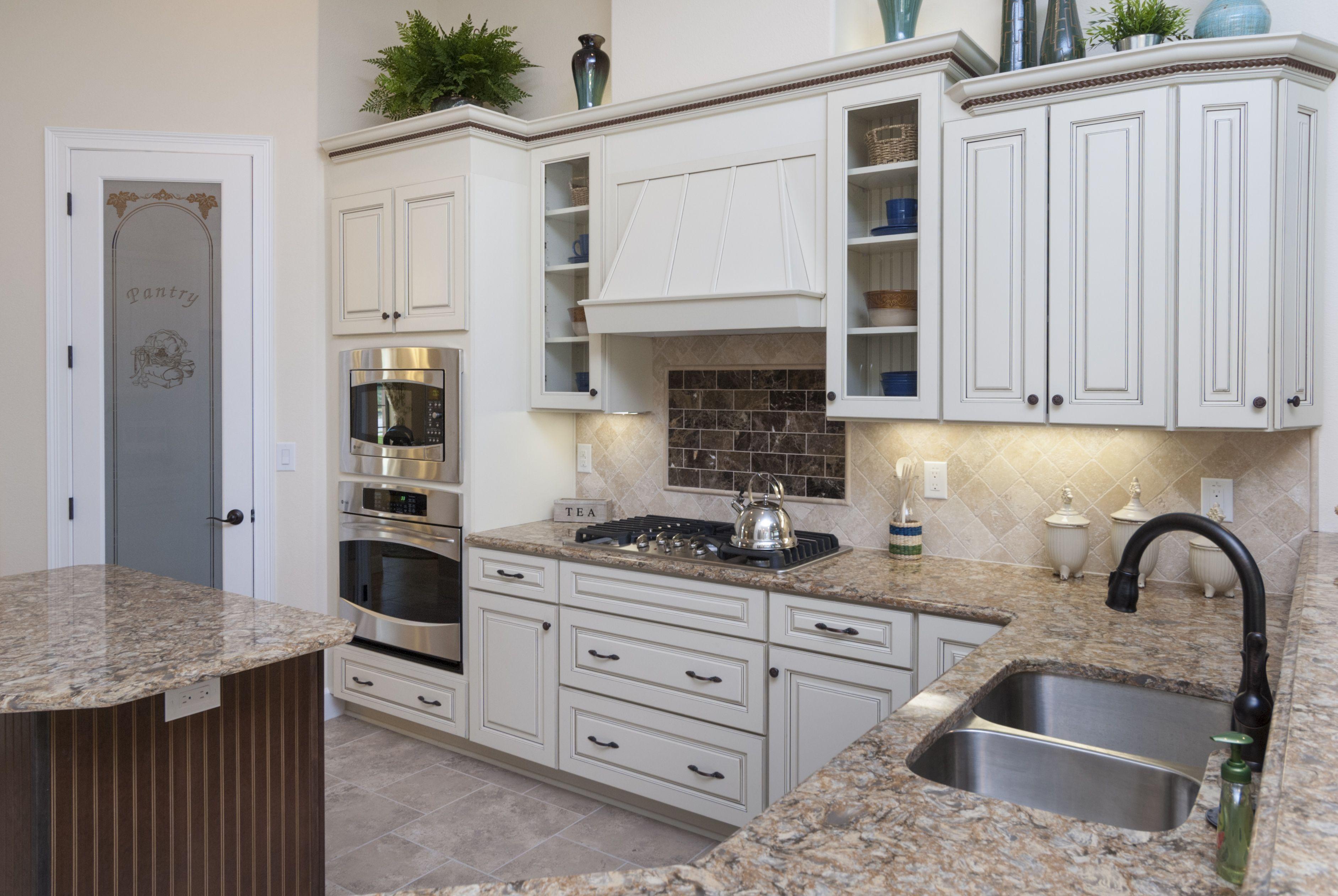 321 684 7761 Www Stanleyhomesinc Com Home Custom Kitchens Home Construction
