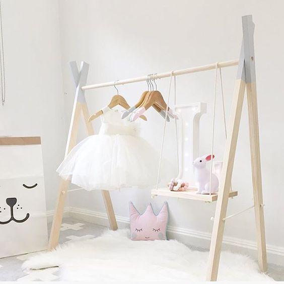 Diy Child Clothes Rack: Mommo Design: CLOTHING RACKS IDEAS