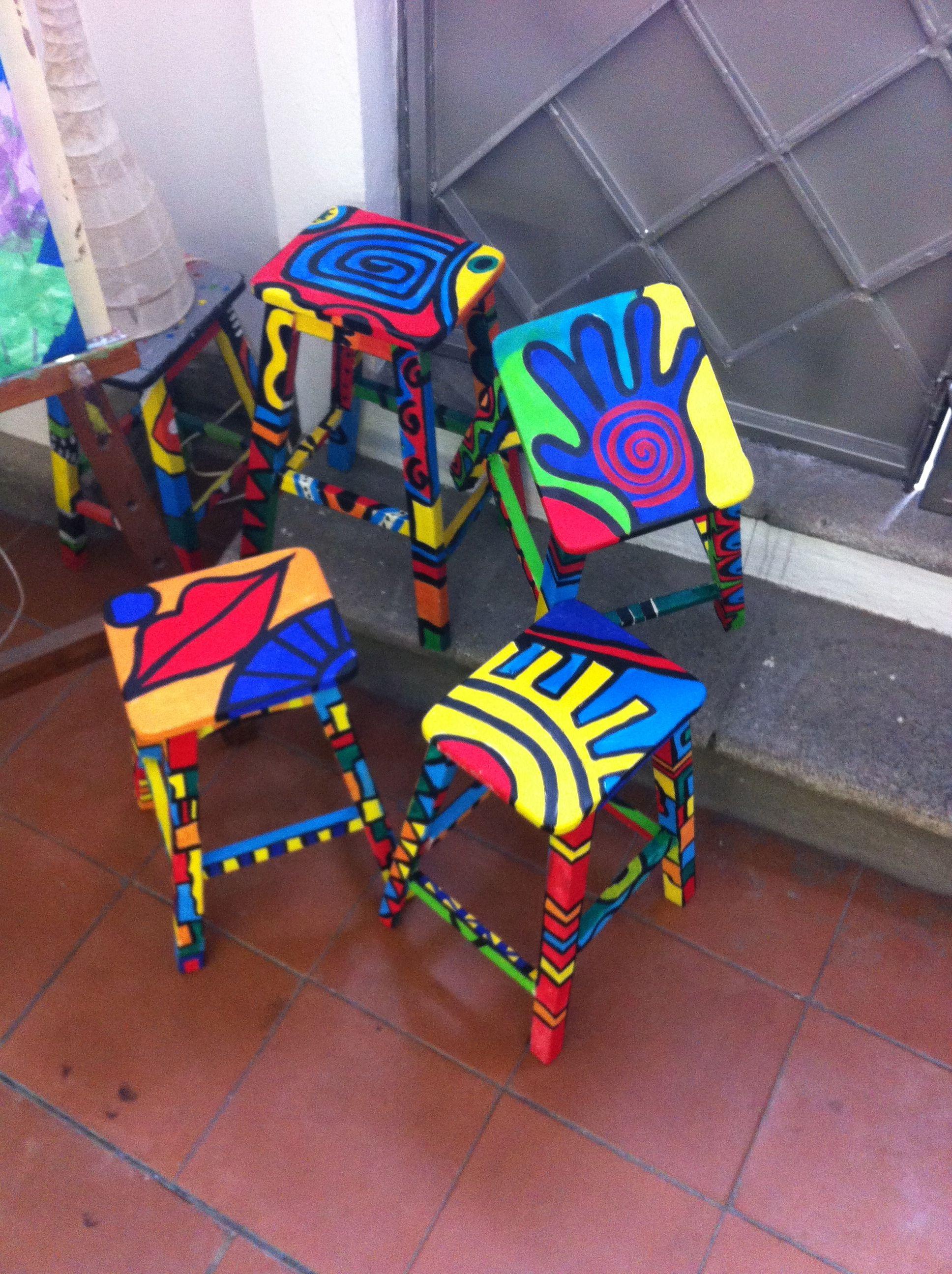 Taburetes pintados a mano roc opozo muebles pintados pinterest taburetes pintados pintar - Taburete ninos ...